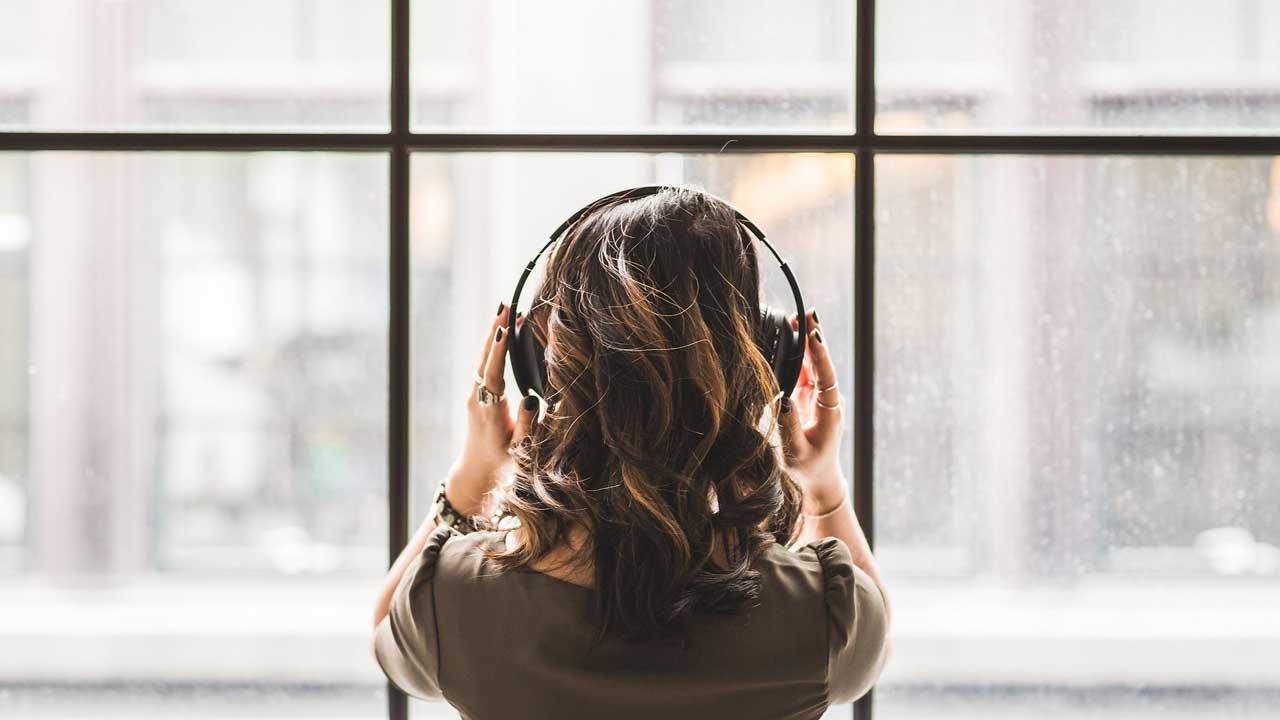 自分の歌を、他人の歌のように聴く
